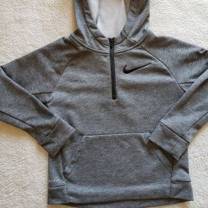 Boys size 7, Nike Dri-fit half zip hoodie